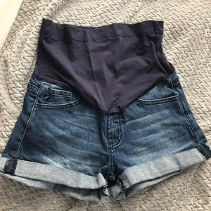 Pinkblush full panel maternity denim shorts